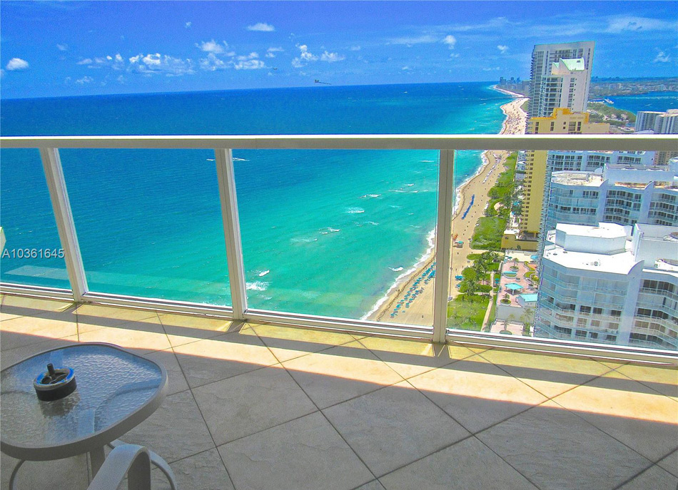 16699 Collins Ave Apt 4310 Balcony View