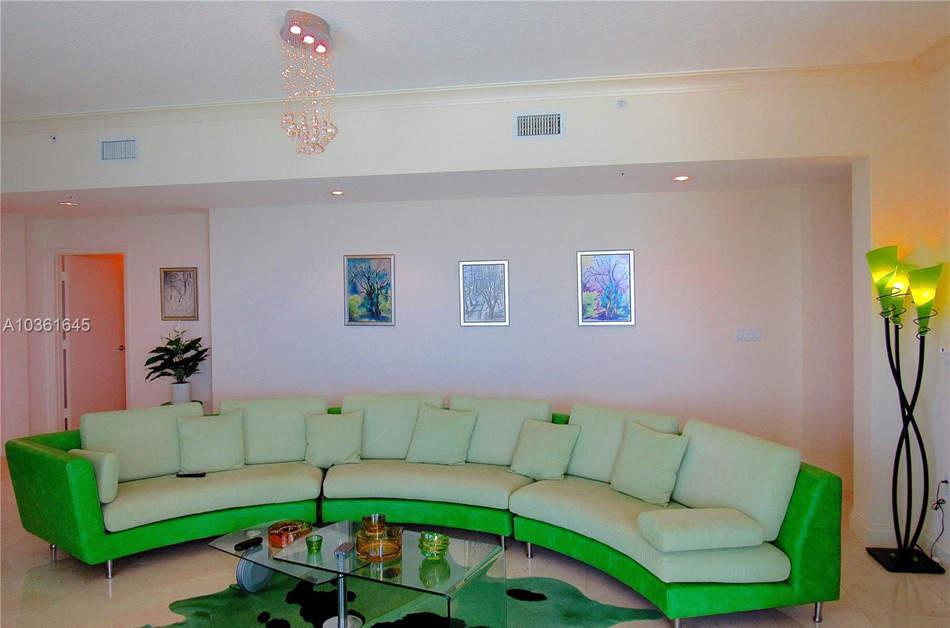 16699 Collins Ave Apt 4310 Penthouse